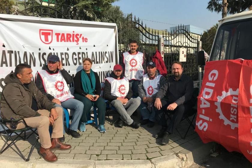 Zeynep Altıok, direnişteki TARİŞ işçilerini ziyaret etti