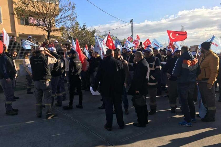 Recticel'de işçiler fabrikada eyleme başladı