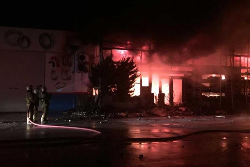 Bandırma Örnek Sanayi Sitesi'nde yangın