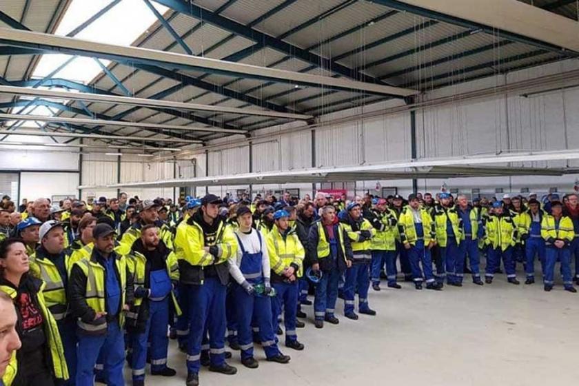 Almanya'da liman işçilerinden grevdeki Portekizli işçilere destek