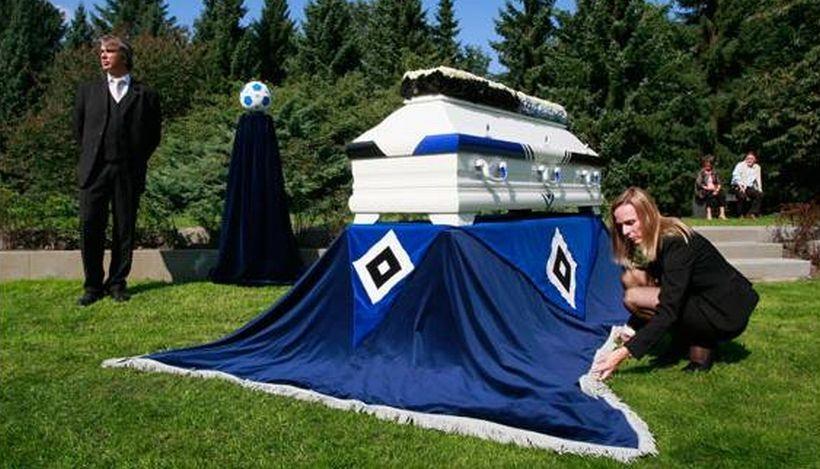 Ölümüne takım tutmak: Taraftar mezarlıkları