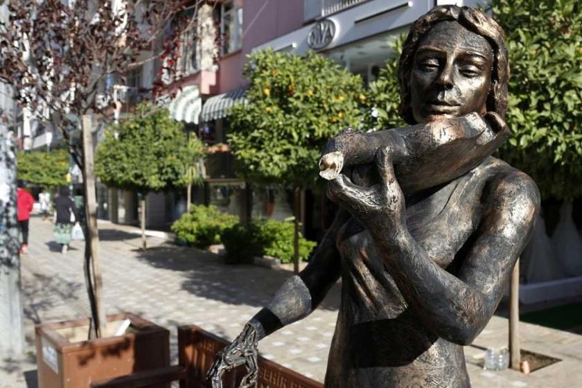Antalya'daki heykellerin çoğuna zarar verildi