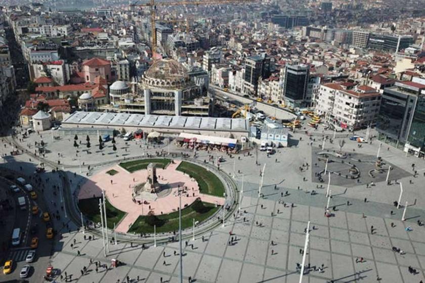 İdeolojik kamusal alanın inşası: Agoralarını yitiren kent