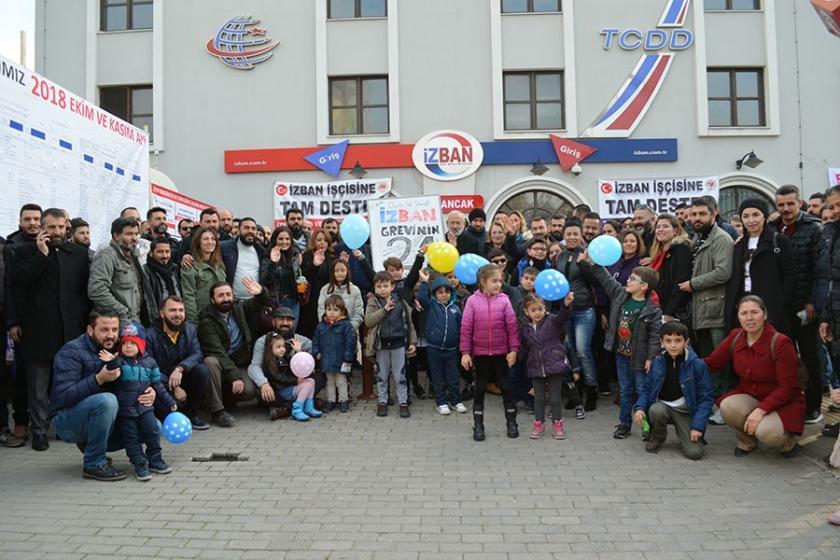 İZBAN ve metro işçileri grev alanında yılbaşı etkinliği yaptı