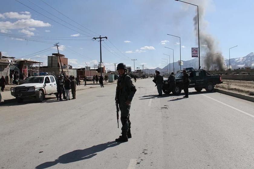 Afganistan'da Taliban 20 askeri öldürdü