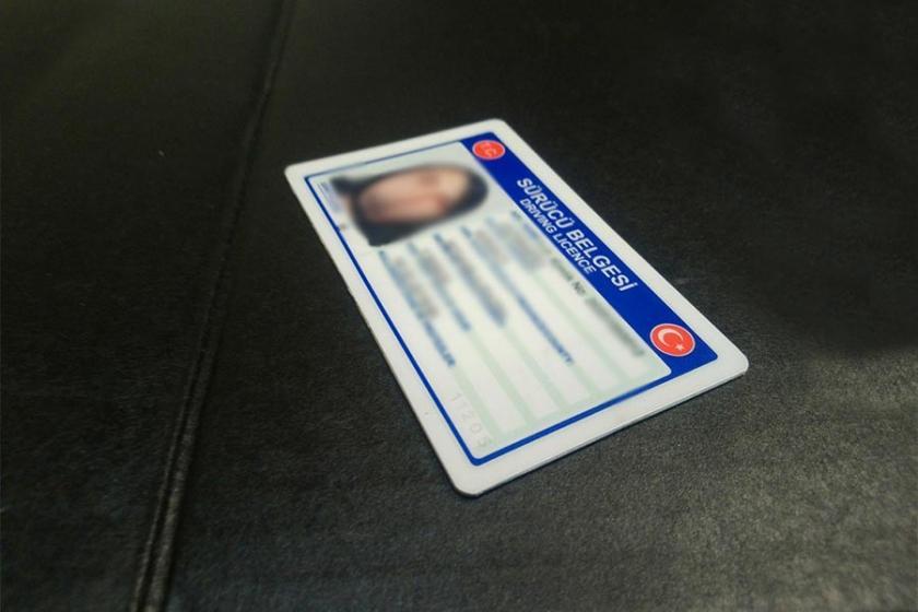 Pasaport, ehliyet ve kimliğe zam geldi