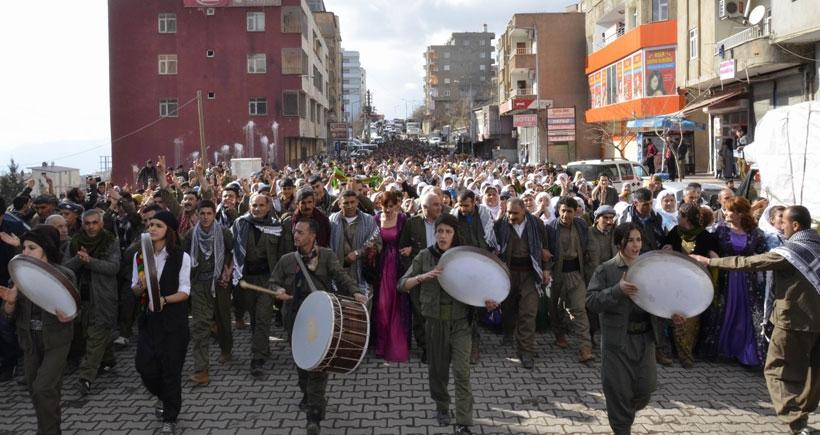 Şırnak'ta binlerce kişi 'İç Güvenlik Paketi'ni protesto etti