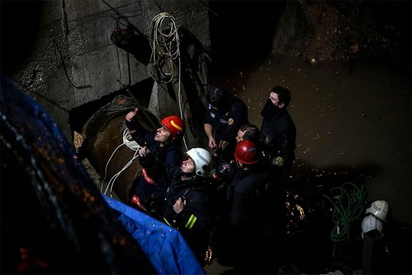 Bursa'da kanalizasyonda çalışırken zehirlenen 2 işçi defnedildi