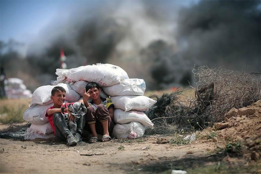 İsrail askerlerinin yaraladığı bir Filistinli çocuk daha öldü