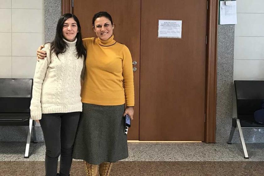Barış Akademisyeni Esra Arsan'a hapis cezası verildi, ceza ertelendi