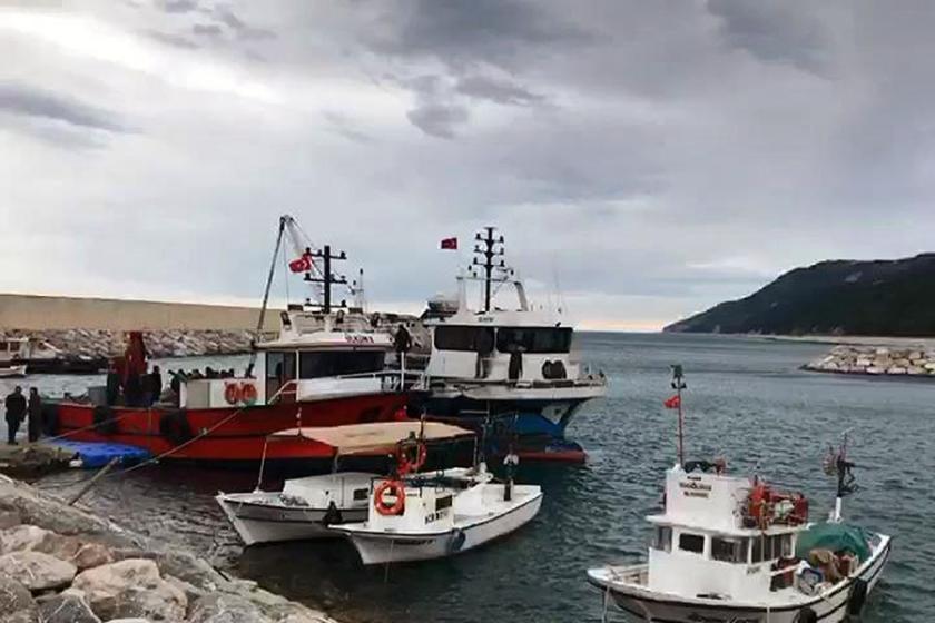 Sinop'ta balıkçı teknesinin batması sonucu kaybolan kişi aranıyor