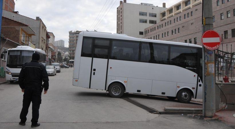 Eskişehir'de 20 polis adliyeye sevk edildi