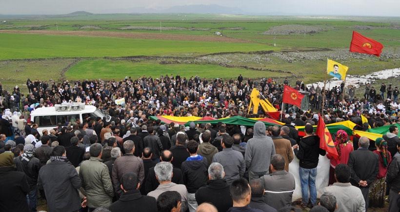 YPG'li Aksoy'un cenazesi Derik'te toprağa verildi