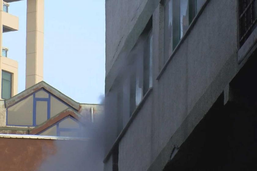 Bağcılar'da ayakkabı imalathanesinde yangın