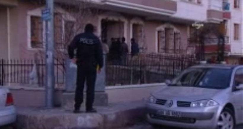 Ankara'da ev baskınları