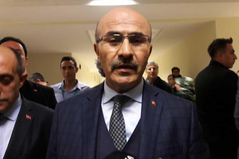 AKP'nin Seyhan İlçe Belediye Başkan adayı Fikret Yeni bıçaklandı