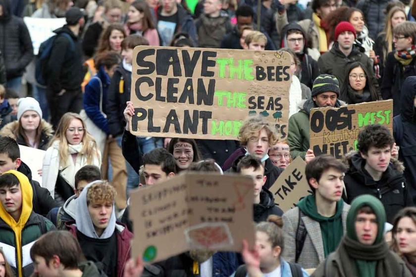 Belçika'da çevre protestolarına 'komplo' diyen bakan istifa etti