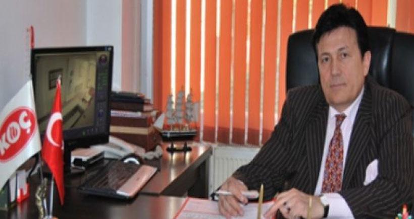 AKP'li vekil adayı  gazetecilere zarf  içinde 200 TL dağıttı