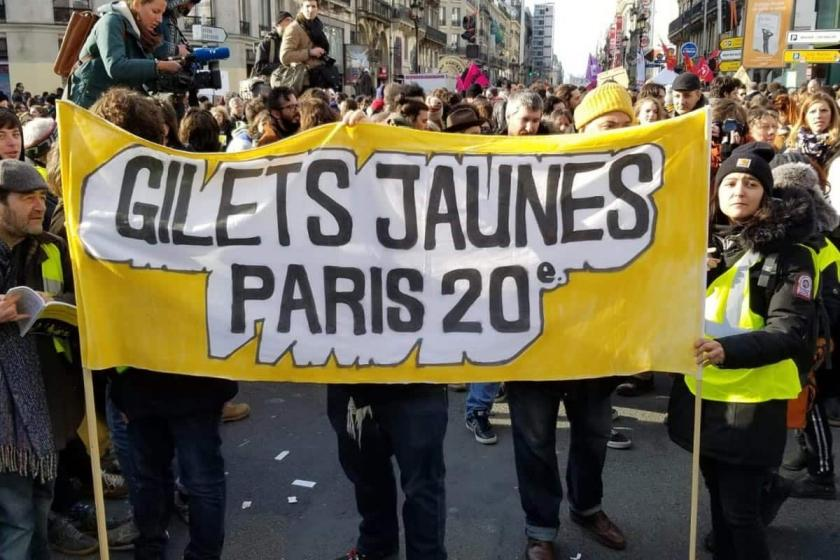 Fransa'da sarı yelekliler pes etmiyor