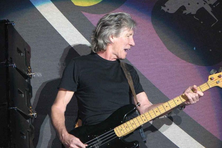 Pink Floyd'un solisti Roger Waters: Venezuela'dan elinizi çekin