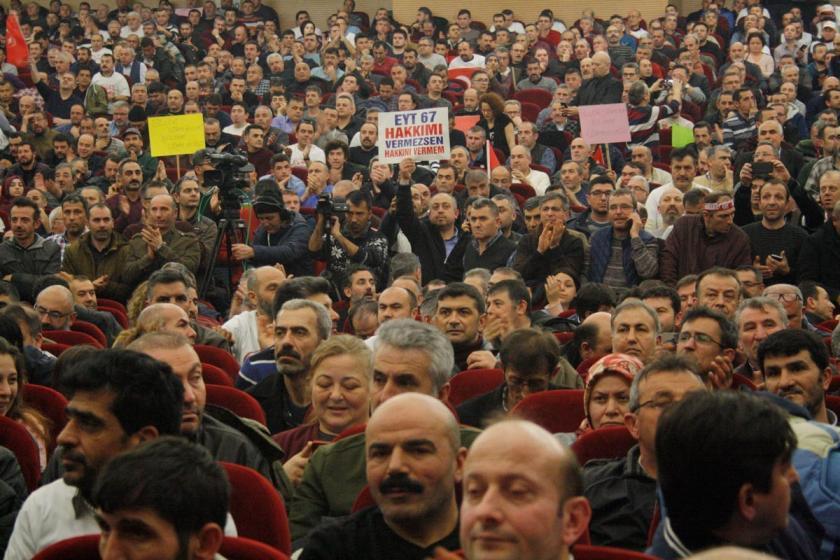 EYT'liler Bolu'daki toplantının sonuç deklarasyonunu açıkladı
