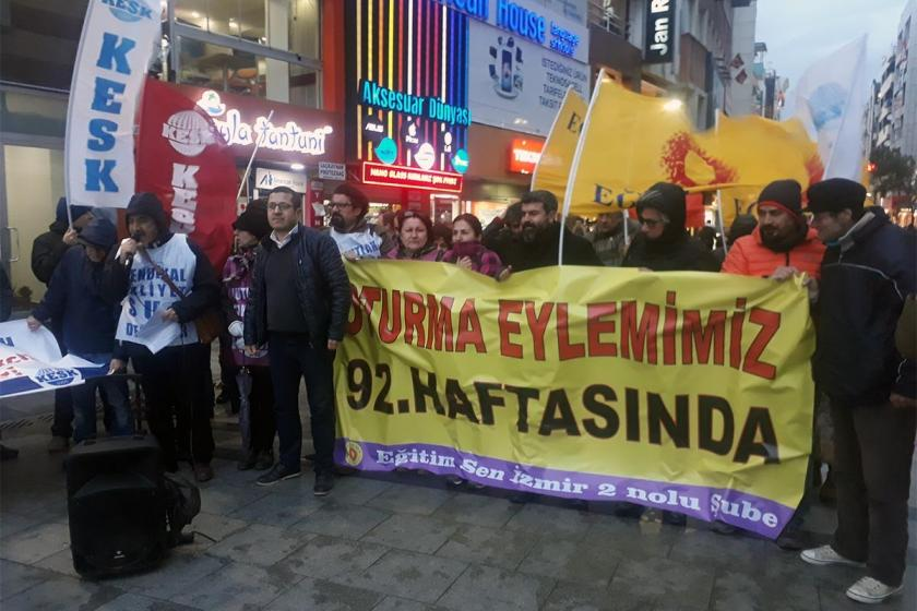 İzmir'de kamu emekçileri 92. kez oturma eyleminde buluştu