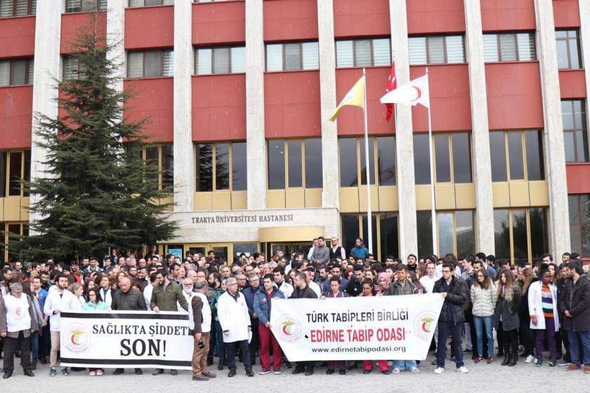 Edirne'de doktora şiddet protesto edildi