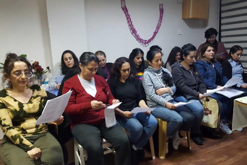 Bornovalı kadınlar 8 Mart'a hazırlanıyor