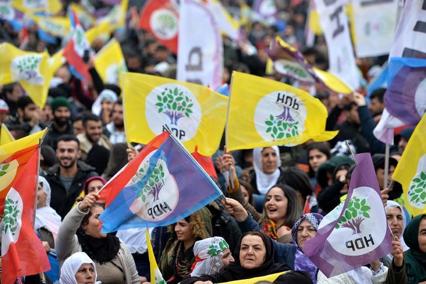 HDP'nin yerel seçim için hazırladığı videoya TV kanallarından ambargo