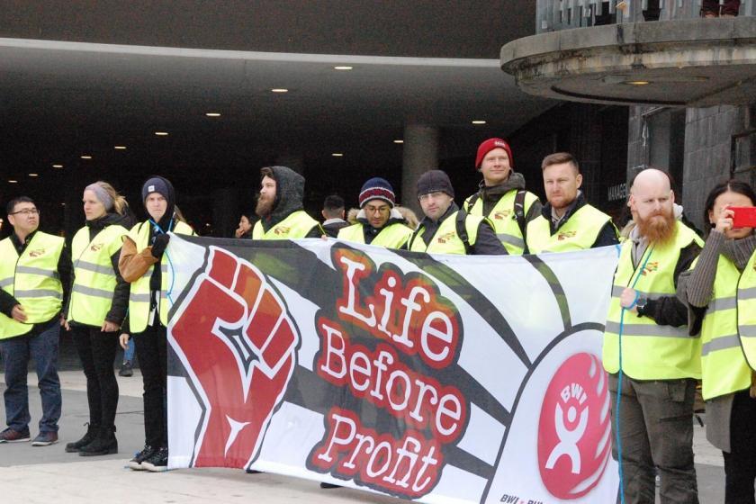İş cinayetleri Stockholm'de protesto edildi: Kârdan önce yaşam!