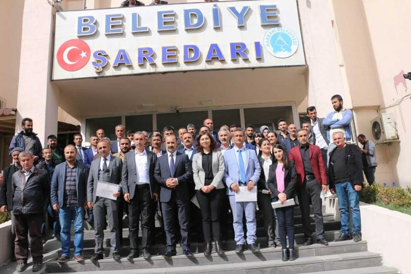 AKP, Yüksekova'da yolsuzluğun araştırılmasını reddetti
