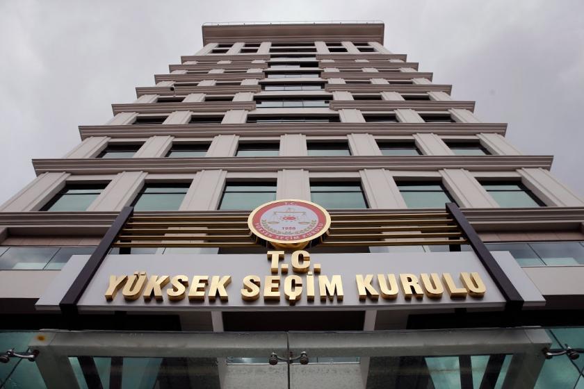 İstanbul'da seçim iptaline dair itirazı görüşen YSK'nin ara kararları