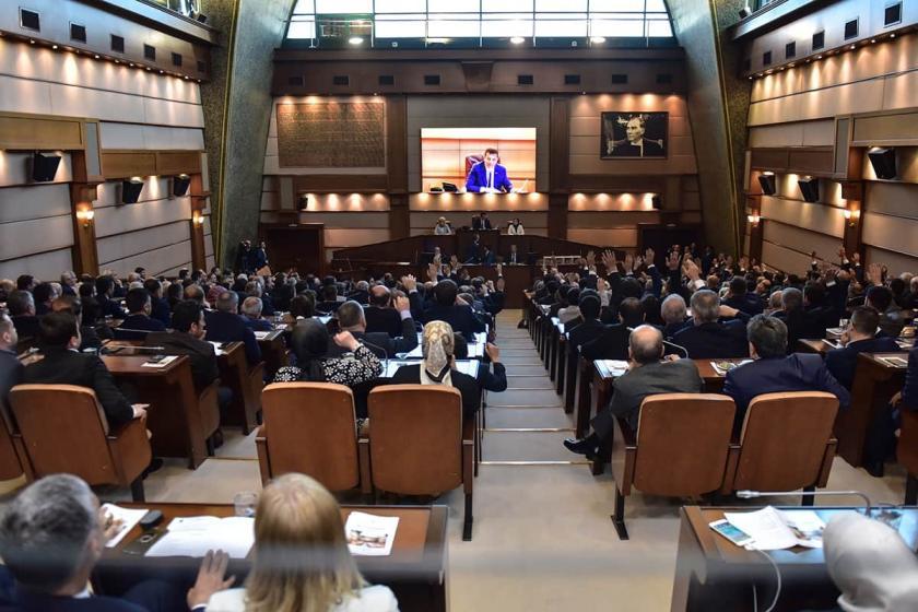 İstanbul'un 5 yılının planlandığı çalıştaya AKP ve MHP katılmadı