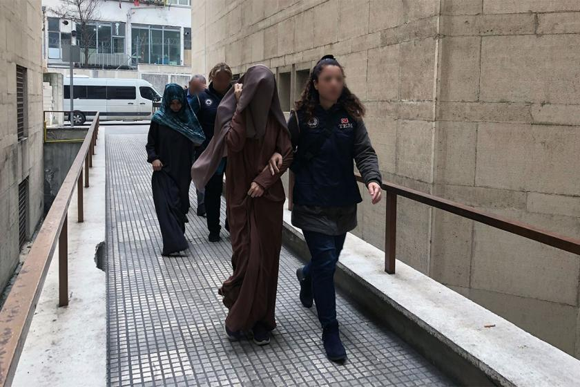 Gözaltına alınan IŞİD'liler