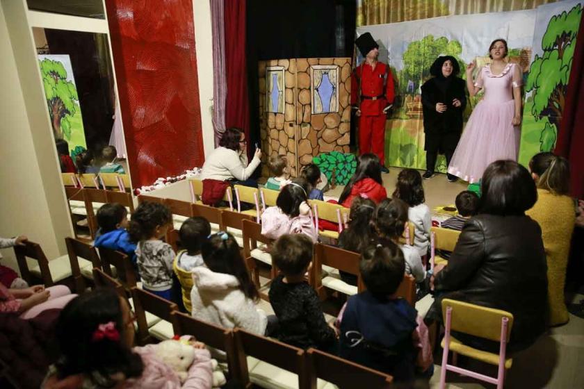 35 yıllık Çan tiyatrosu ayakta kalma mücadelesi veriyor