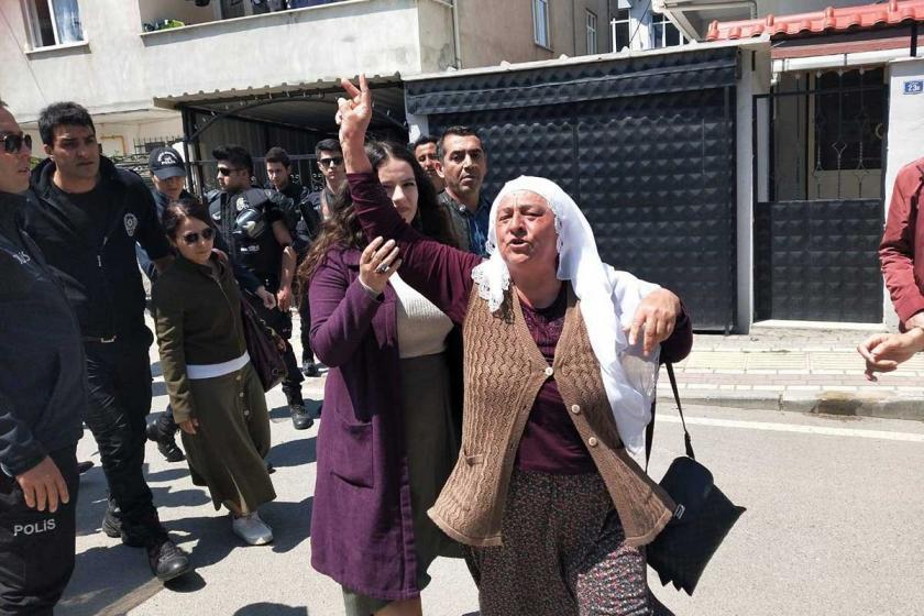 Gebze Cezaevi önünde nöbet eylemi yapan aileler zorla uzaklaştırıldı