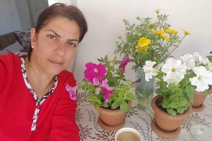 Boşandığı eşinin 5 yerinden bıçakladığı kadın yaşamını yitirdi