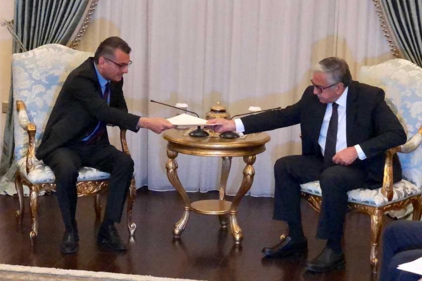 KKTC Başbakanı Erhürman, Akıncı'ya hükümetin istifasını sundu