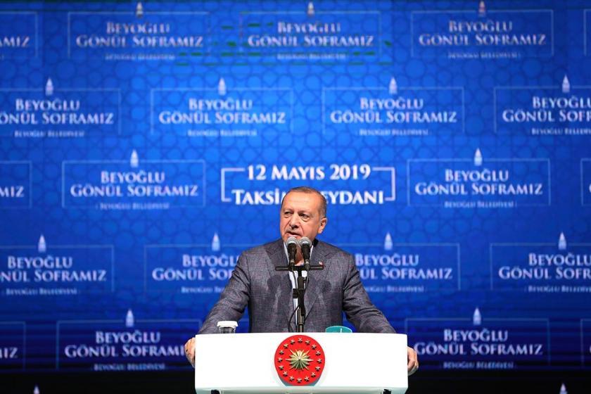 Erdoğan: Sanatçı sanatıyla konuşur, dalkavukluk yapmaz
