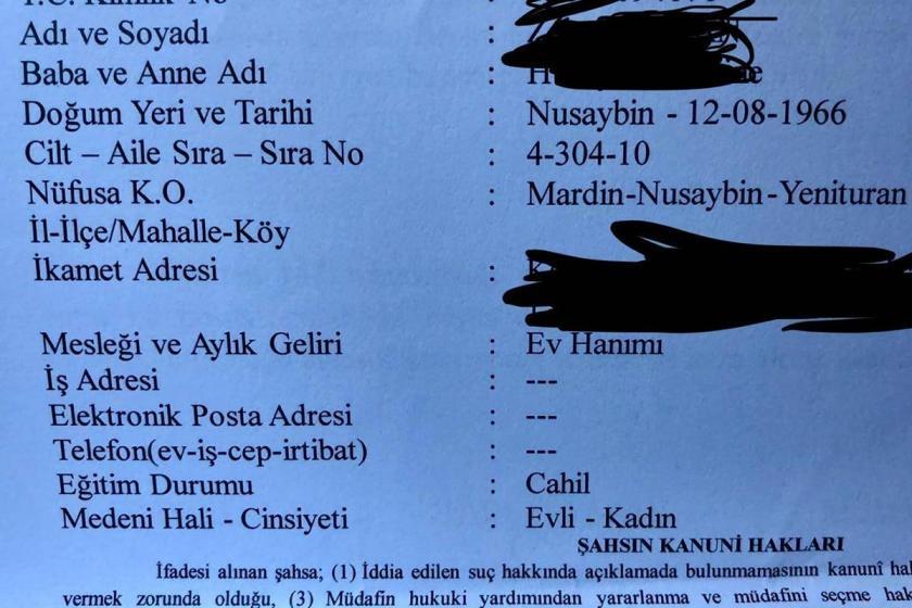 """Gözaltına alınan annelerin tutanağında eğitim durumuna """"cahil"""" yazıldı"""