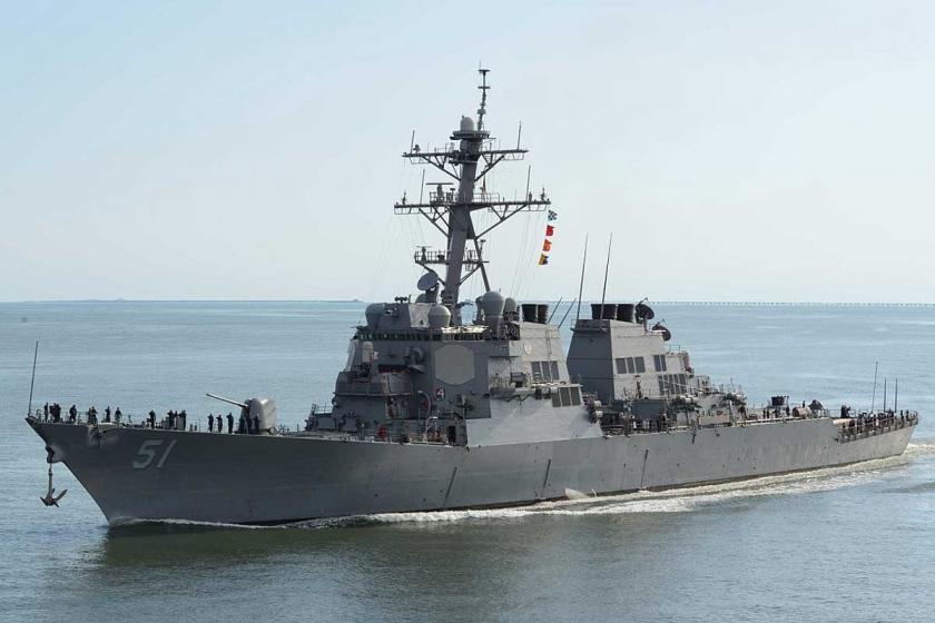 ABD, İran'la gerginliği artırıyor: 2 Destroyer Basra Körfezi'ne girdi