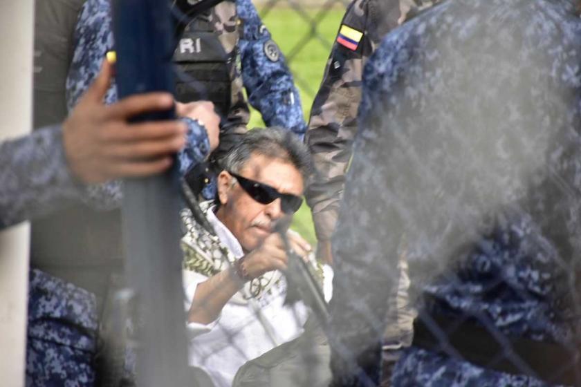 FARC'ın sembol ismi Santrich cezaevi çıkışı yeniden gözaltına alındı