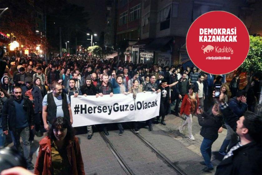İstanbul seçimi iptal edilince Kadıköy'de sokaklara inenler buluşuyor