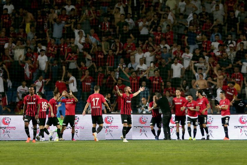 Süper Lige son bilet kesildi, Gazişehir Hataysporu penaltılarda 5-3 yendi