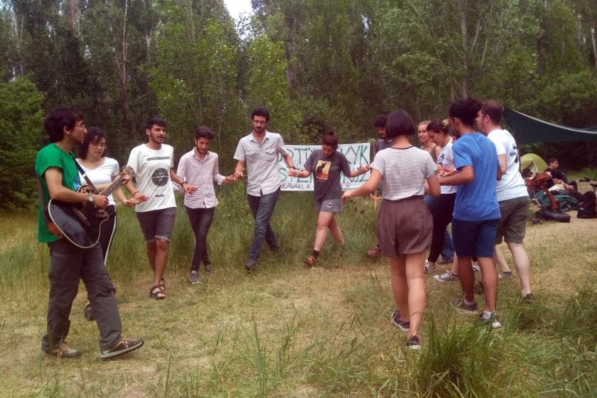 ODTÜ'de yapılmak istenen KYK yurduna karşı öğrencilerden 'Kavaklık Şenliği'