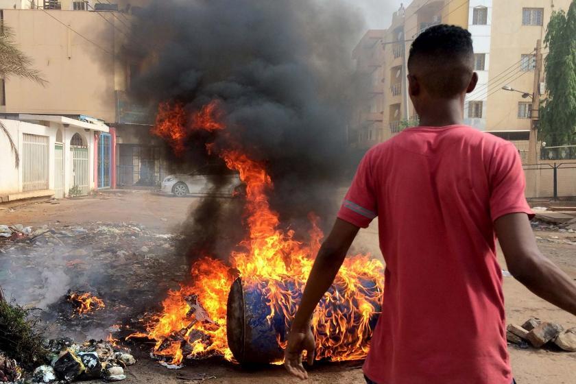 Sudan'da ordu saldırıya geçti, halk direniyor