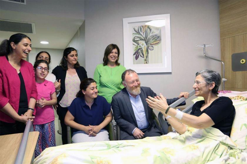 Sezai Temelli'den DTK Eş Başkanı Leyla Güven'e ziyaret