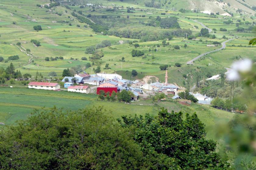 Ardahan'da 50 haneli Savaşır Köyü heyelan riski nedeniyle boşaltıldı