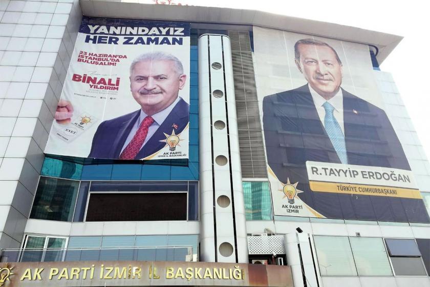 Seçim İstanbul'da, Binali Yıldırım afişi 81 ilde