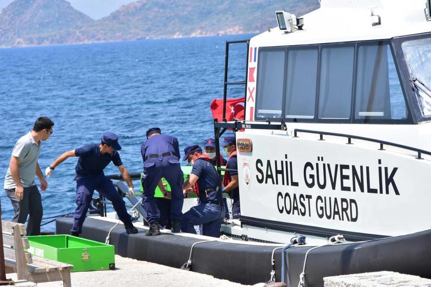 Bodrum'da mültecileri taşıyan tekne battı: 12 ölü